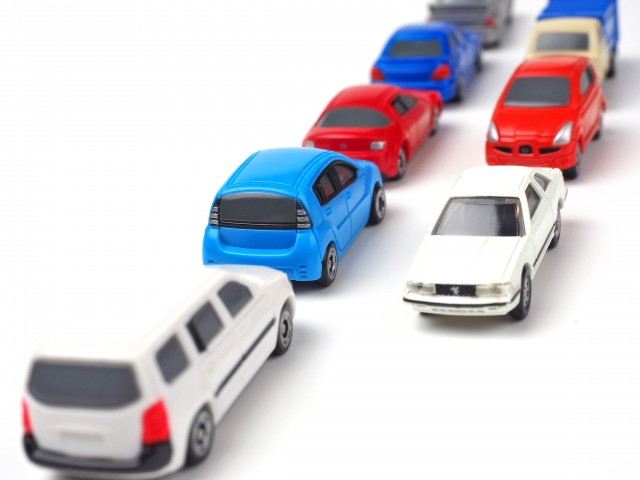 お盆の渋滞の中赤ちゃんとの長距離移動対策!持ち物や車移動の休憩の取り方は?