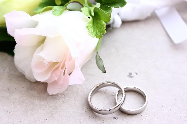 お彼岸に結婚式をするのは縁起が悪い?お祝い事や入籍はしてもいいの?
