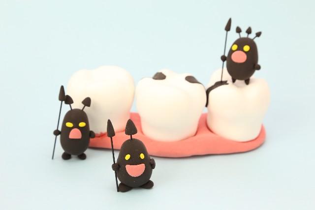虫歯菌は赤ちゃんにスポンジからも感染する?感染した後の対処法もご紹介!