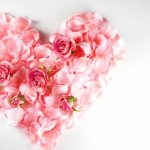 義父にバレンタインチョコを郵送する?送る場合の相場とメッセージの文例をご紹介します!