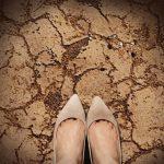 かかとの乾燥の本当の原因は?かさかさの踵を改善する方法!