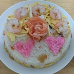 ちらし寿司ケーキを作りたいケド型がない!代用出来るものや型を作る方法をご紹介!