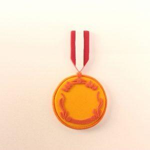 メダルを手作りするのに簡単な作り方は?折り紙や他の材料を使ったアイデア集!
