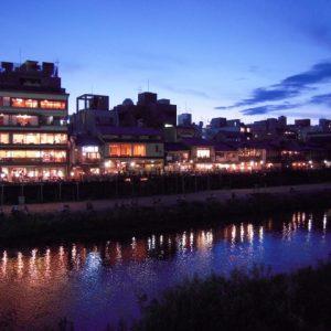 京都の川床で5000円以内のコース料理はある?鴨川で安いお手頃のお店は?